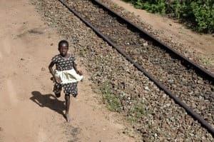 Kenyan Girl Tsavo National Park0002 960x638