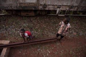 Tsavo Beggars Kenya Africa 0020 960x638