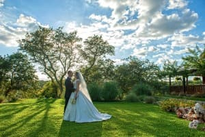 Gabriel Springs Austin Texas Wedding Bride Groom Sunset Benjamin Wetherall Photography © 960x639